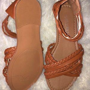 Brown braided detail sandal